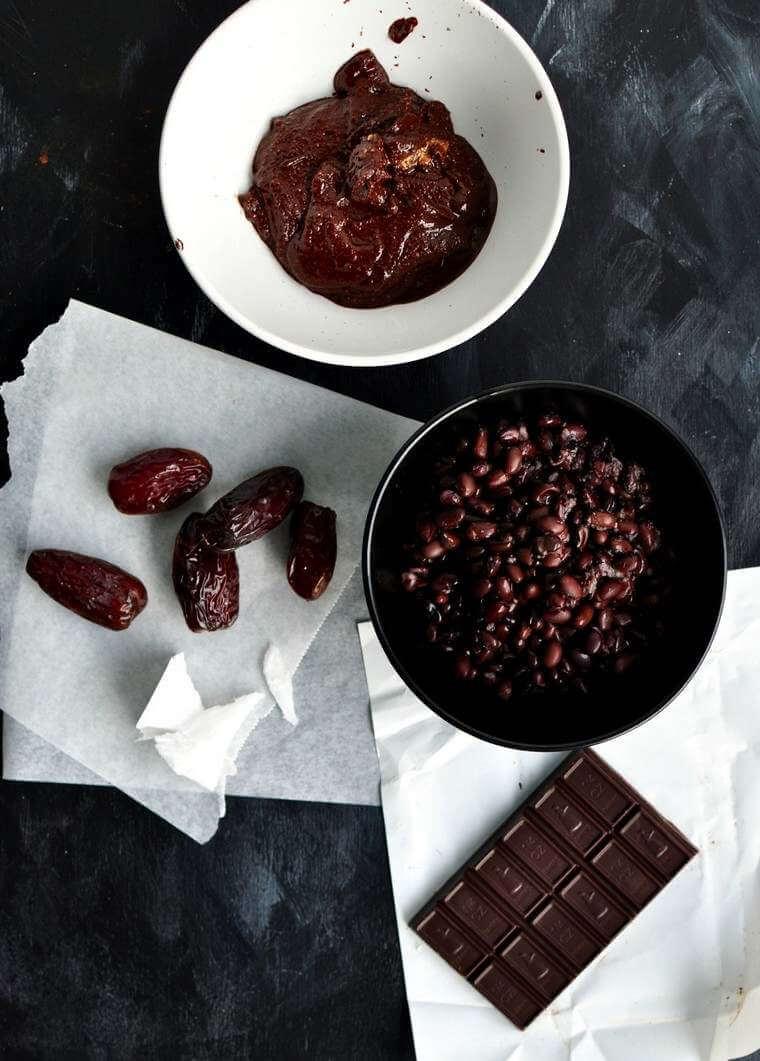 Mousse au chocolat vegan aux haricots noirs
