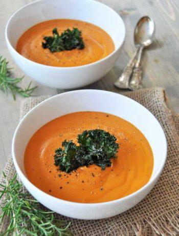 Potage aux carottes au romarin