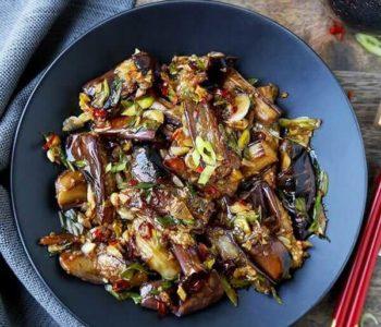 Aubergines chinoises à la sauce à l'ail